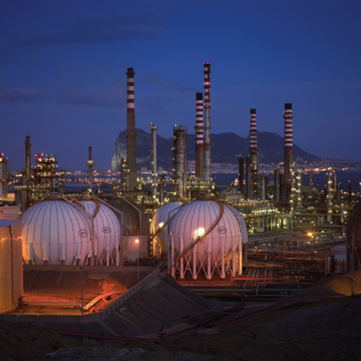 Global refiners move to maximize efficiency, capacities of