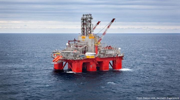 Content Dam Ogj Online Articles 2017 10 Statoil Transocean Spitsbergen Rig